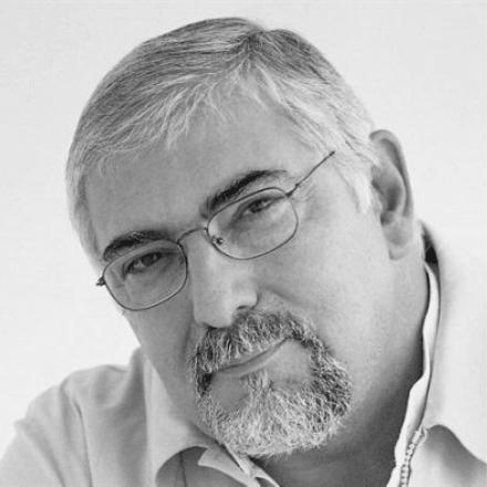 ΦΩΤΟΓΡΑΦΙΑ ΠΡΟΦΙΛ ΤΟΥ ΣΥΓΓΡΑΦΕΑ JORGE BUCAY
